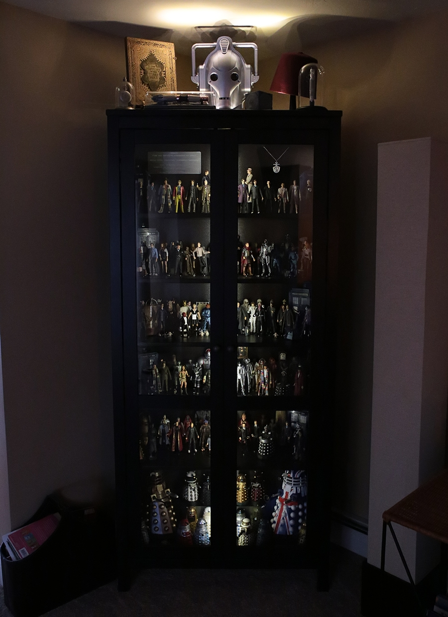 Show off your figure collections!!! - Page 17 Whocabinetclosed